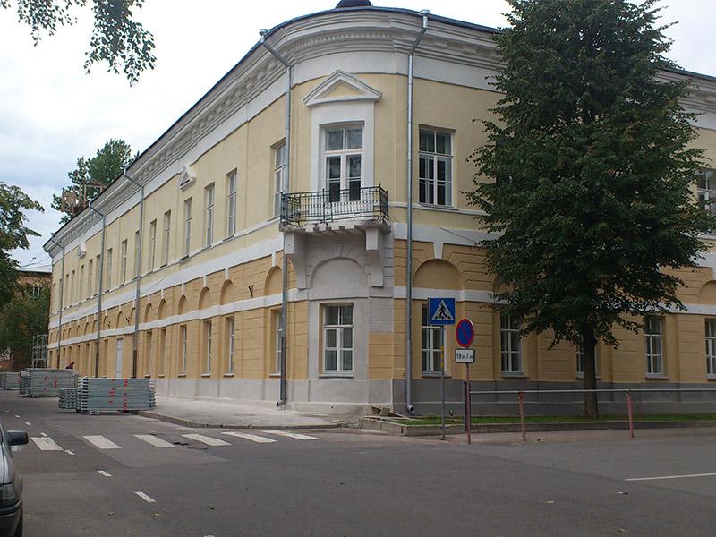 Fassaadi restaureerimine – Narva Vanalinna kool